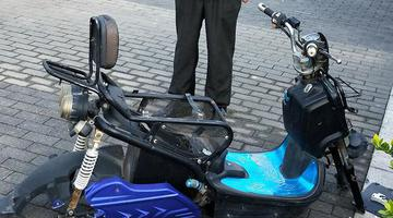 郑州20辆电动车电瓶被盗 有的只剩空壳