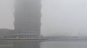 郑州大玉米又发射了 「雾」必小心