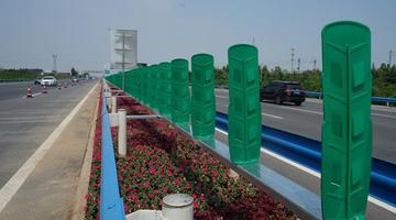 """郑州机场高速公路开启""""美颜""""特效"""