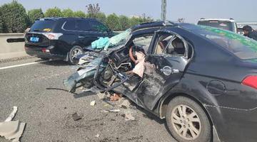 濮阳籍消防员休假途中救出5名被困群众