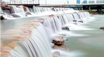 郑州这么美的瀑布 在哪?