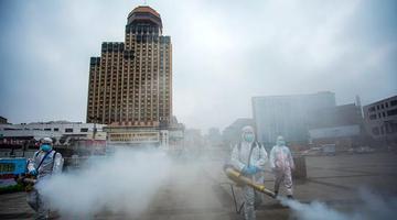 郑州火车站等重点区域实施公益消杀