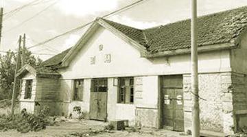 130年郑州兴建了两座火车站 你知道在哪吗