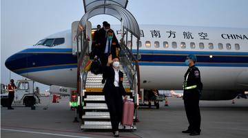 中国援赞比亚第21批医疗队载誉而归