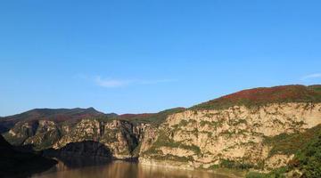 河南渑池:黄河丹峡红叶美