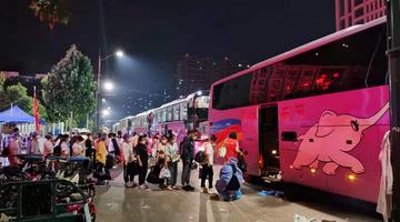 郑州六院连夜转移医护1000余人