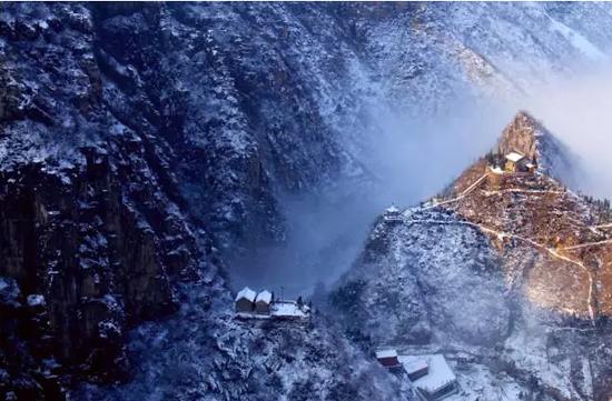 冰川雾凇冬摄之旅――林州太行大峡谷(秦加福摄影)