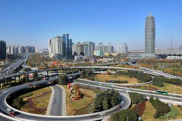 河南全省持续出现清朗蓝天 机动车限行起重要作用