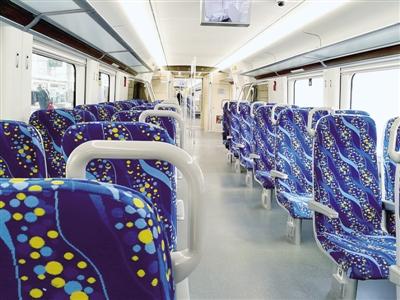 郑焦铁路部分新车型列车2月13日开跑 能容纳千名旅客