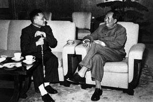 """邓小平为何成了""""毛派头子"""""""