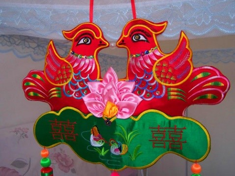 非遗中国:庆阳香包绣制图片