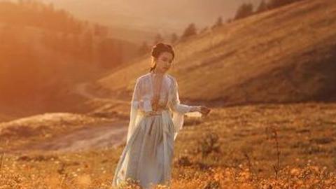 《倚天屠龙记》中,欠下情债的女子