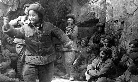 12张老照片揭秘朝战不为人知的故事