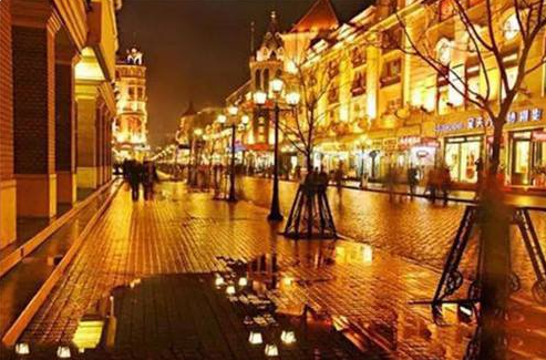 端午前夜哈市中央大街全线禁止占道经营和兜售商品