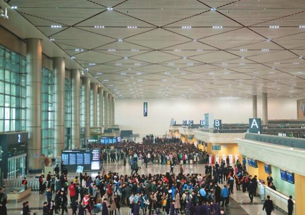 """哈尔滨国际机场""""三级跳"""" 未来成东北亚国际航空枢纽"""
