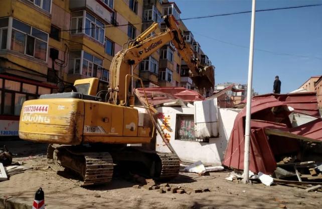 哈市重点整治老旧小区违法建设及城市疮疤建筑7类违建