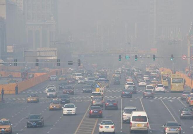 哈市发布重污染天气三级预警 19日-23日发生中至重度污染
