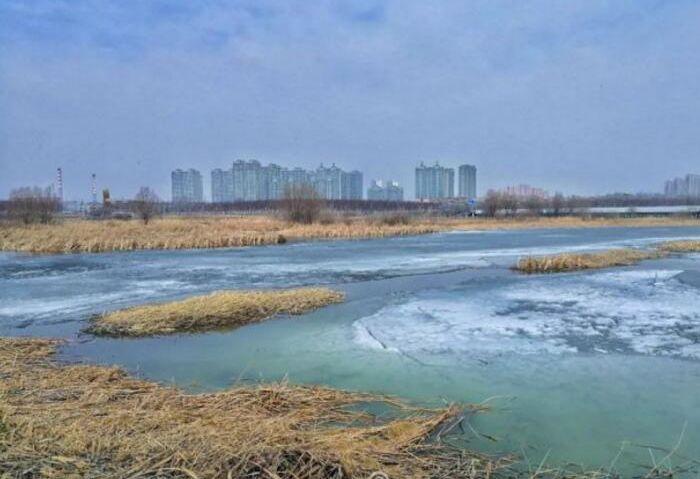 松花江上跑冰排 近距离感受冰之美