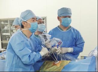 哈医大肿瘤医院成功解救一位鱼刺卡腔患者