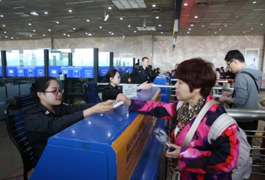 打造国际航空枢纽!2025年哈机场吞吐旅客将翻一番