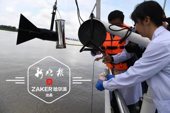 水污染事件咋防控?松花江上进行了这样一场应急演练