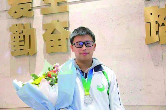 今年全国奥数竞赛大发时时彩-大发时时彩彩票省高中生获6银5铜
