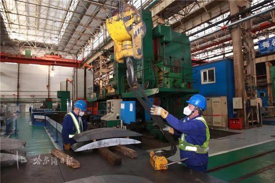 保家乡工程建设进度 哈电电机助力地方配套企业复工复产