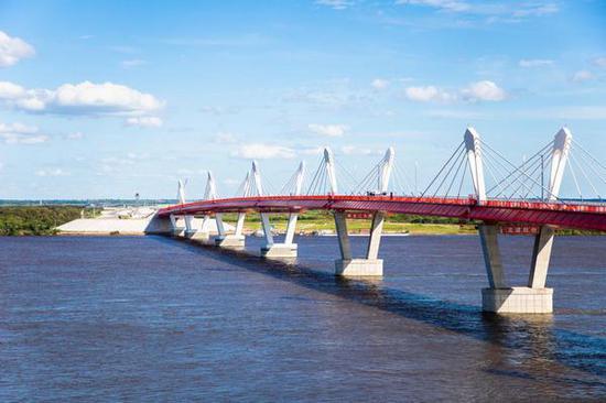 即将通车的黑龙江大桥。黑河市委宣传部供图
