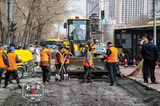 哈尔滨市本月中下旬前完成翻浆道路简易处理
