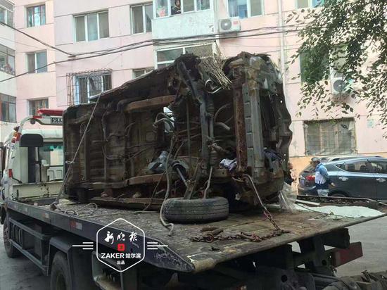 """哈尔滨道外区75辆""""僵尸车""""全清完!大院一下变敞亮了"""