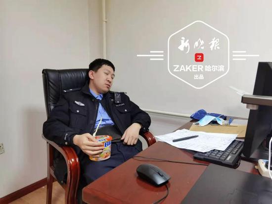 """哈尔滨市""""网红警察""""获阿里巴巴天天正能量特别奖"""