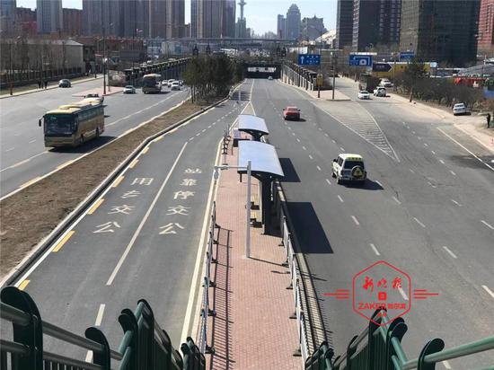 南直路、长江路公交优先通行……今年哈市700处信号灯岗升级联