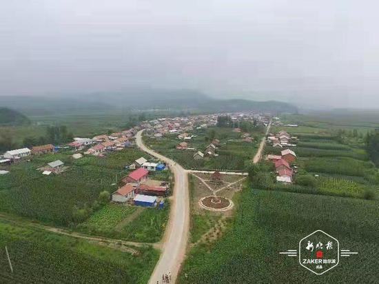 哈市今年计划建设农村公路100公里 ,预计11月份完工