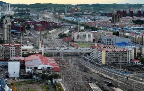 哈牡客专首座高速场