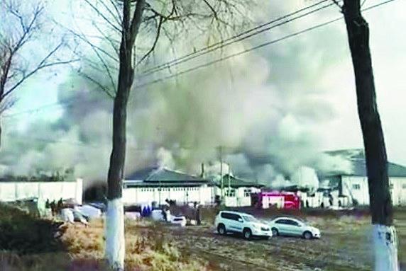 火灾现场 图片由市民提供