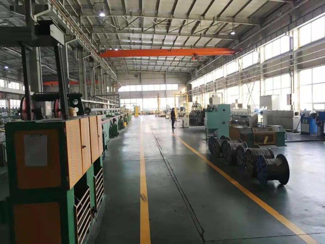 哈尔滨威尔焊接有限责任公司生产车间。
