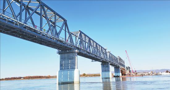 建设中的同江中俄铁路大桥 张龙摄