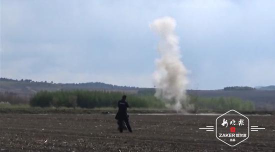 炮弹成功引爆。视频截图 ↑