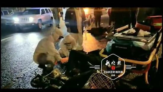 疑货车超车惹祸 哈尔滨一对骑车父女被撞伤