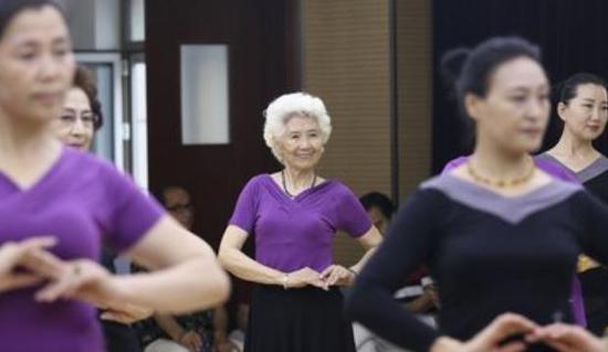 哈尔滨老年人大学2021年春招首日5630人次报名