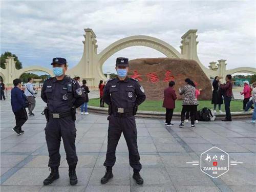 """哈尔滨市两万警力坚守岗位 确保市民欢度""""双节"""""""