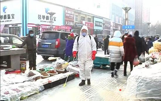 木兰县:垃圾收运全链消杀 公厕、公园、摊区集中消杀