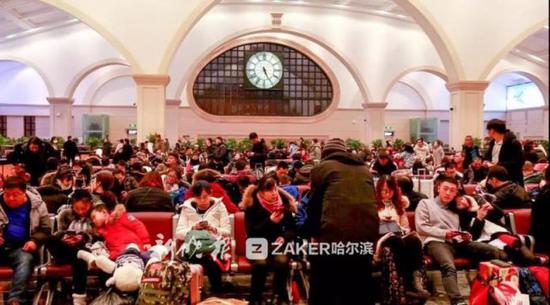 今年元宵节过后,外出务工及大专院校学生返校等客流高度集中。