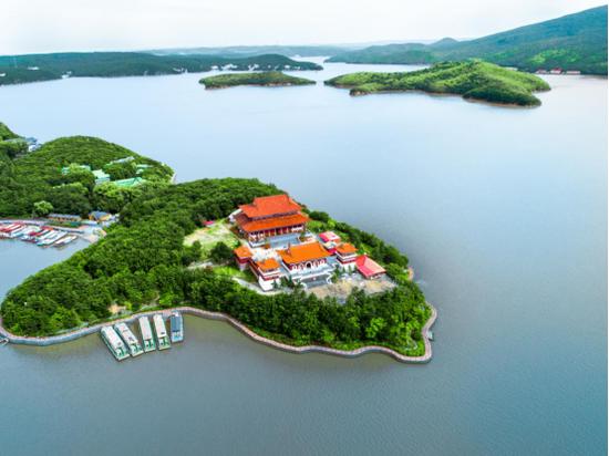 牡丹江镜泊湖