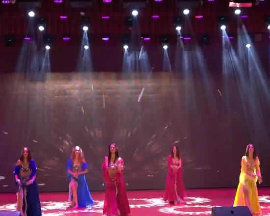 俄罗斯阿穆尔州审美歌舞团为嘉荫观众献上精彩文艺演出