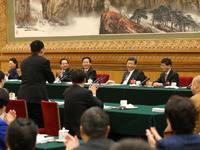 习近平对话黑龙江代表:将来去了肯定要看农业