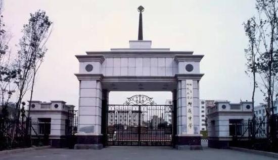 哈尔滨师范大学附属中学-鹤岗第一中学齐齐哈尔实验中学和师大附中