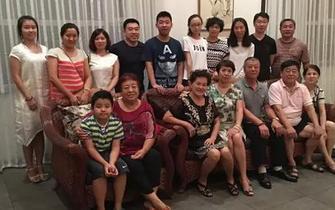72岁奶奶对考入大学孙子寄语爆红