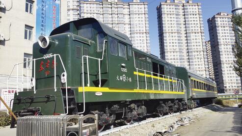 火车_冰城火车头满载的记忆:爱建火车头已有百岁