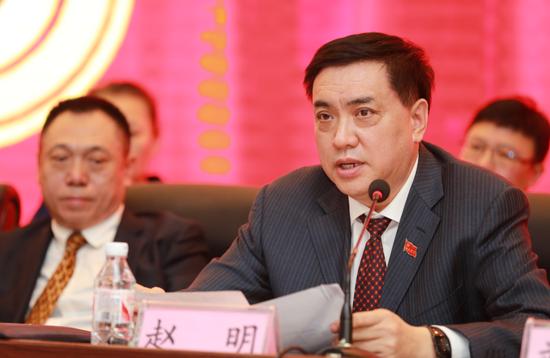 6副院长赵明对提案进行解答